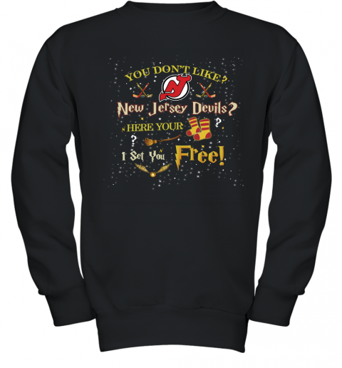 NHL You Don't Like New Jersey Devils Here Your Socks I Set You Free Harry Potter Hockey Youth Sweatshirt