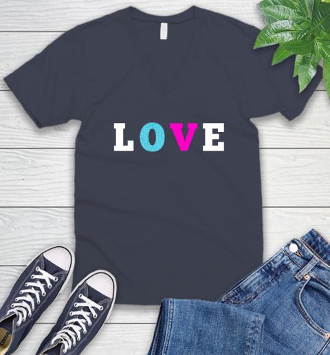 Love Shirt Savannah Guthrie V-Neck T-Shirt 8