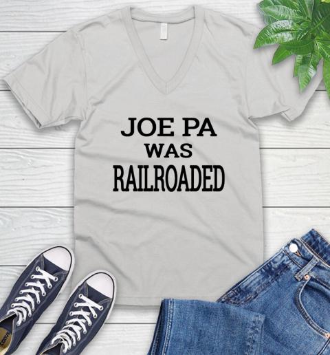 Penn state shirt controversy V-Neck T-Shirt