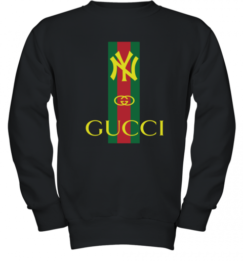 detailed look ac658 c94b2 Gucci Logo New York Yankees Youth Sweatshirt