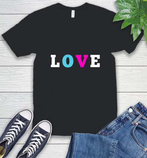 Love Shirt Savannah Guthrie V-Neck T-Shirt
