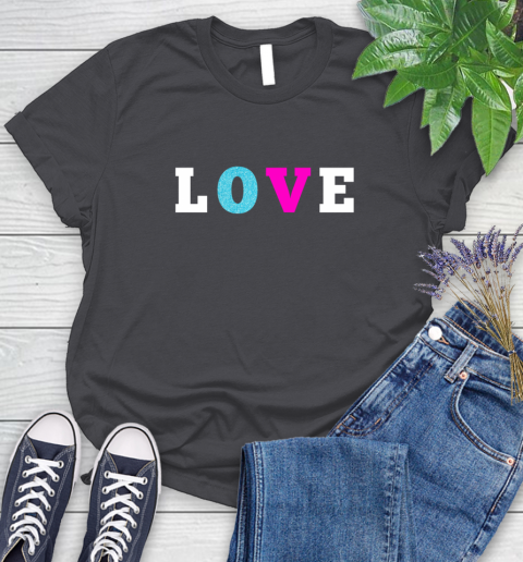 Love Shirt Savannah Guthrie Women's T-Shirt 8